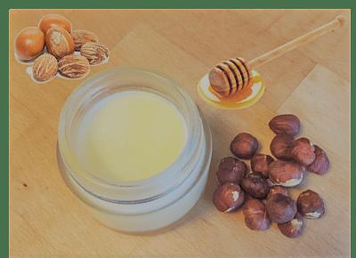 Crème hydratante beurre de karité, miel et noisette