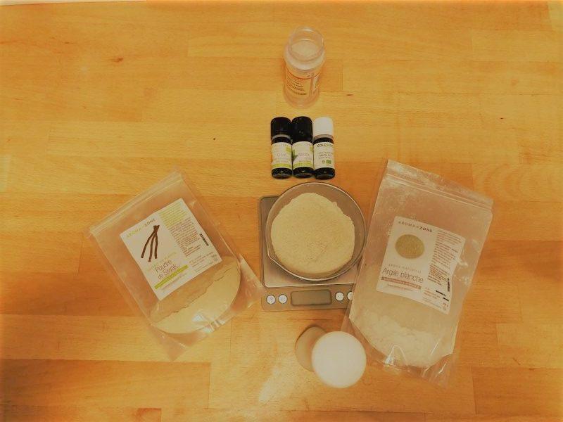 dentifrice en poudre argile blanche et Siwak